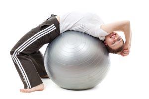 Les exercices effectués avec un ballon dans la méthode Pilates