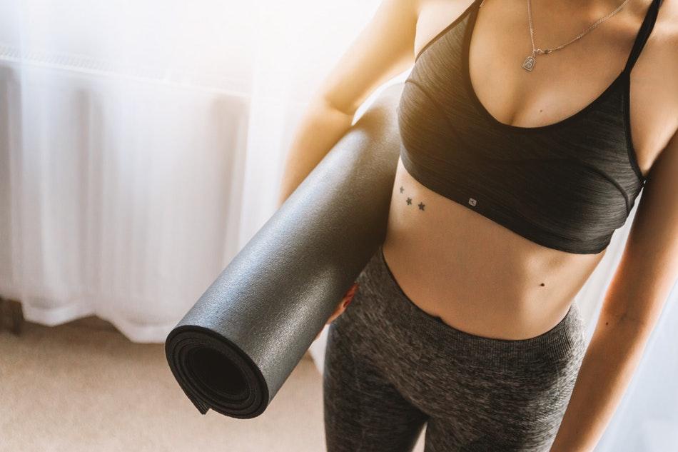Le yoga et les tenues qui lui sont adaptées